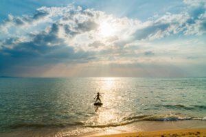 boy-sea-surfing